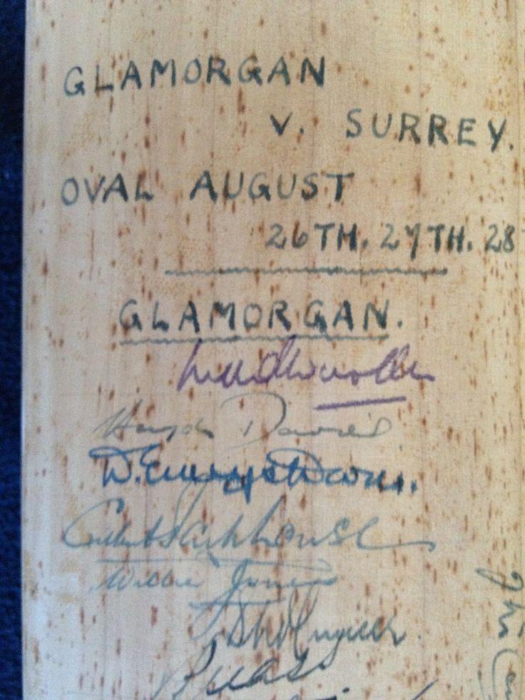 Signed Cricket Bat - Surrey v Glamorgan 1953 - County Champions 1952/58 - To the blade Surrey (15) inc Stuart Surridge, Peter May,Subba Row,Alec Bedser, Eric Bedser, Jim Laker, Tony Lock, etc Glamorgan (13) inc Wooler,Davies, Parkhouse,Mc Connon, M