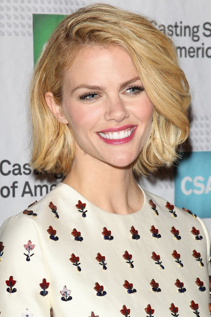 Brooklyn Decker   - if only my hair would look this glorious short...