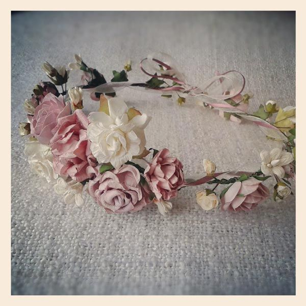 Dusky Pink Rose Blooms - The soft Dusty Pink roses and Ivory mixed flowers give this garland an enchanting and romantic allure. £50 made to order - allow 3-4 weeks as these roses have to be ordered in specially.