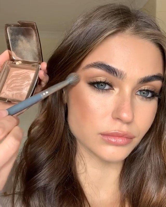 Glamazon Kuwait On Instagram Flawless Glowy Look By Connoradams Beautiful Model Emileemacc Hair Make Eyebrow Makeup Tips Photo Makeup Fashion Makeup