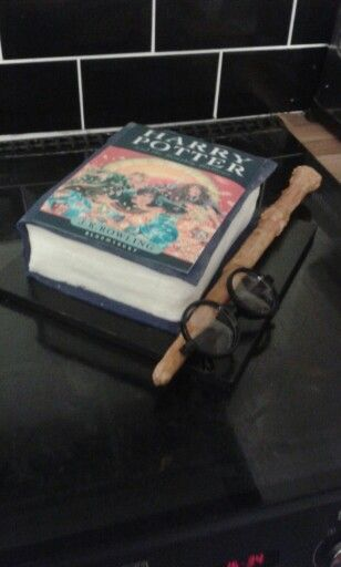 My daughter loved her Harry Potter book cake
