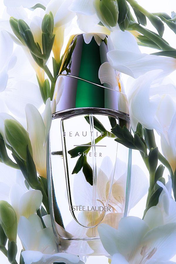 Fragrance Estee lauder Julia Zhavaranak