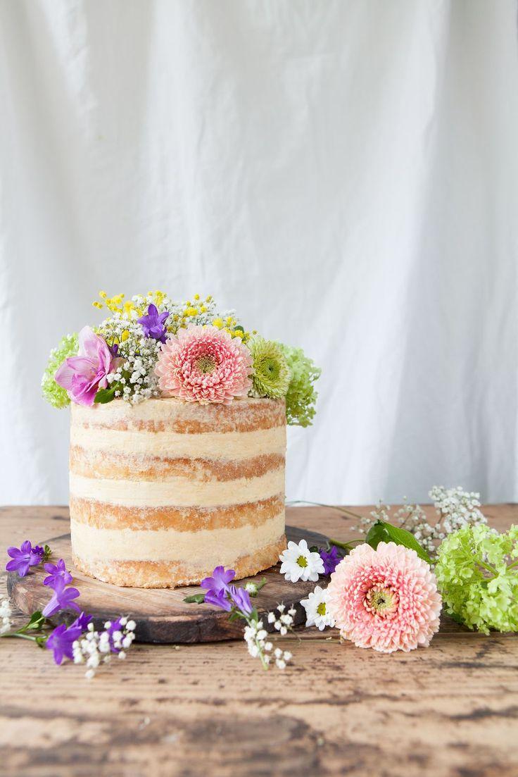 lime & dulce de leche cake