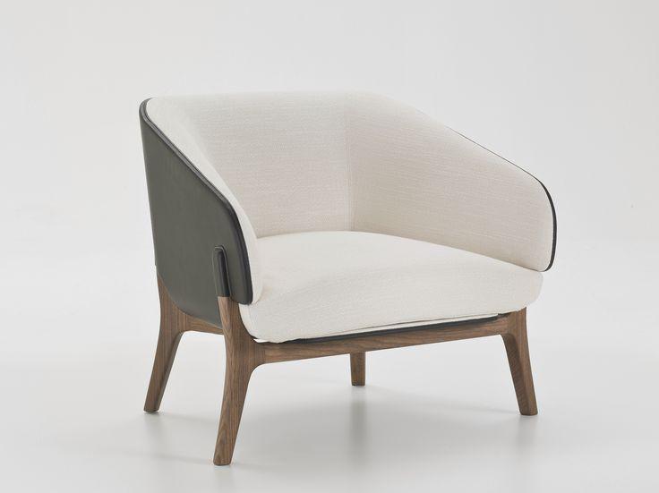 Poltrona in tessuto con braccioli Collezione Savile Row by i 4 Mariani | design Alessandro Dubini