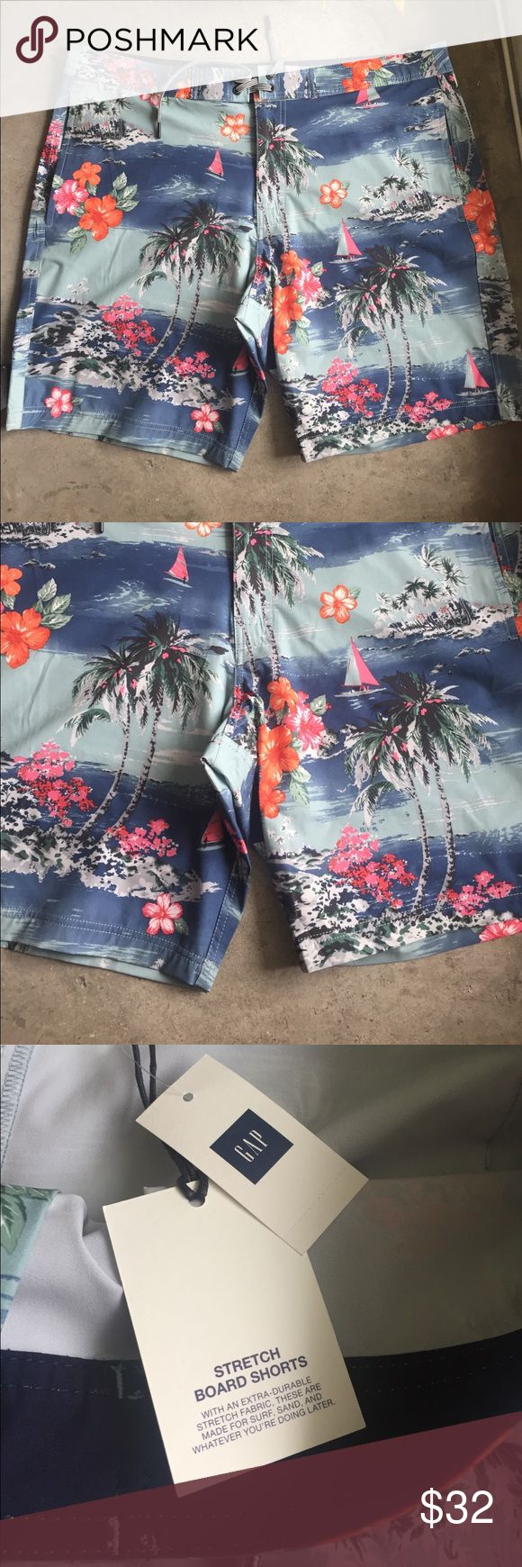 """GAP men's swimsuit size:XL GAP men's swimsuit new with Tag! , size: XL, floral Hawaiian stretch board shorts 10""""/25 cm, easy fit, hits just above the knee, pocket at back with zipper GAP Swim Board Shorts"""