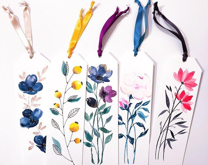 Bouquet Watercolor Bookmark In 2020 Watercolor Bookmarks Floral