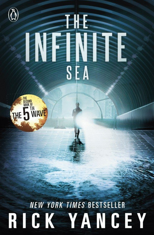 The Infinite Sea, Bk 2 Rick Yancey | The Infinite Sea continues Cassie Sullivan's fight to survive in a world of alien attacks and a human race rid of its humanity.
