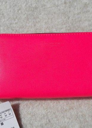 Kup mój przedmiot na #vintedpl http://www.vinted.pl/damskie-torby-i-plecaki/portfele/20431053-portfel-rozowy-marki-stradivarius-nowy-z-metkami