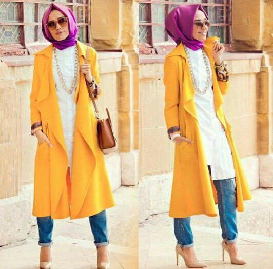 Hulya rocking the mustard coat