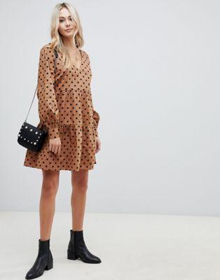 96d1351afa3 ASOS DESIGN tiered smock mini dress in polka dot