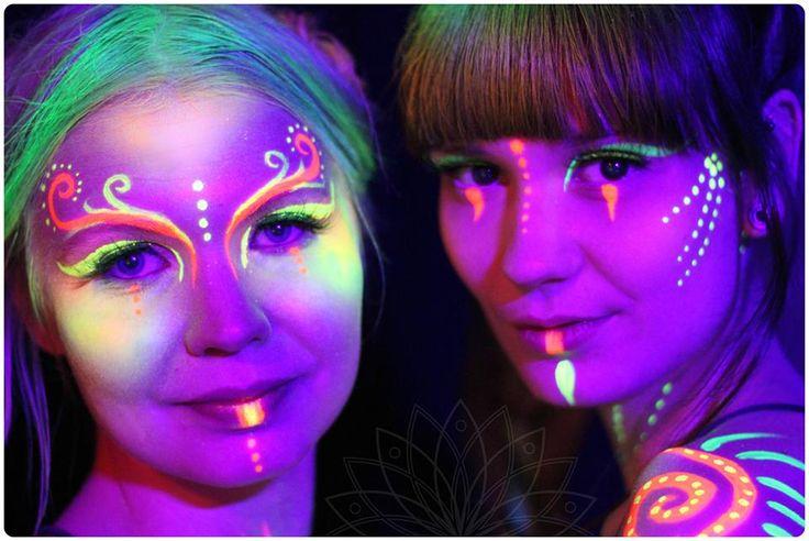 www.Belenosshow.fi #blacklight #UV #bodypainting