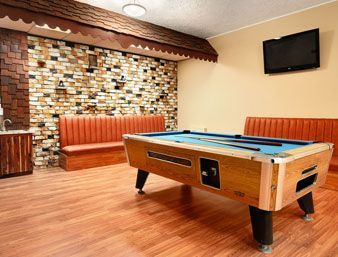 The Ramada is a great place to stay for your holiday in Medicine Hat - enjoy our new hot tub or fitness facility after a day of sightseeing in the area. Kitchenettes are also available. #thishappenshere #medhat #hotel http://stayinmedicinehat.com/ramada-ltd