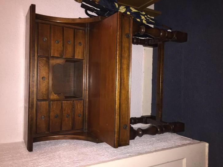 Antieke schrijftafel / bureau