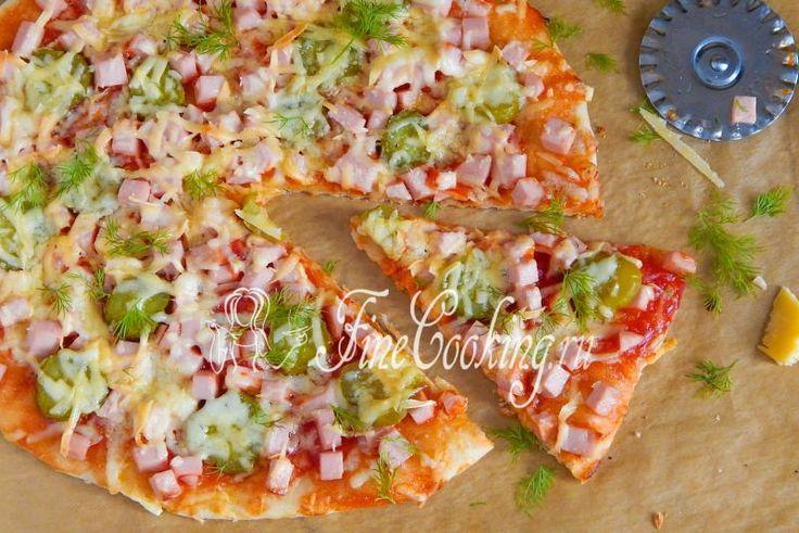 Пицца с колбасой и огурцами - рецепт с фото