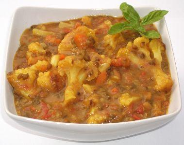 Curry de linte Mung cu Conopida si Morcov