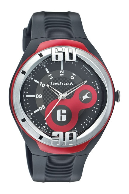9306 is a large sporty case with an integrated strap. The dial is black with large Red design elements. The colour element carries onto the case as well.. Sport from Fastrack http://www.fastrack.in/product/n9306pp01/?filter=yes=sport=2=995=3495=12