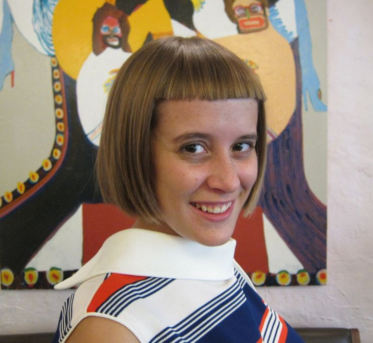 seagullhair:  Check out this really cute bob with cropped bangs by Seagal Carly!