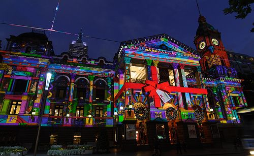 Melbourne Town Hall - Christmas Projections -- The Aussies know how to light it up for Christmas!!!!