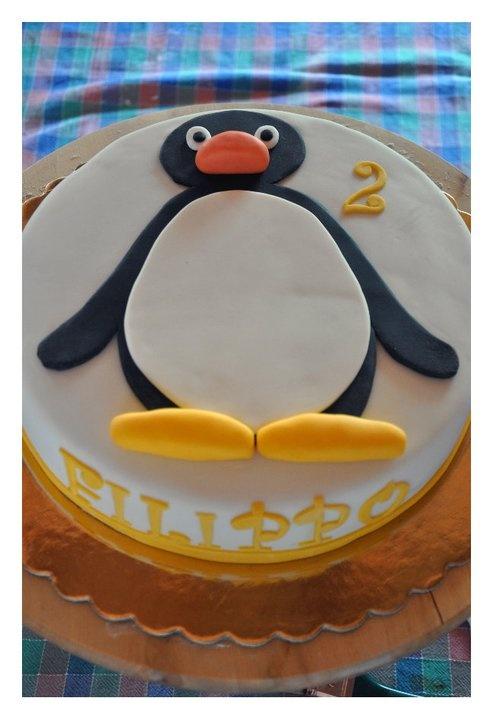 Pingu Cake  http://www.facebook.com/CakeDesignerBrescia