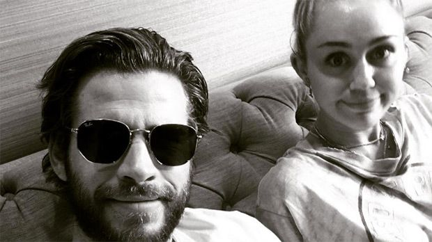 Liam Hemsworth Gushes Over His 'Angel' Miley Cyrus In Sweet Bedtime Snap https://tmbw.news/liam-hemsworth-gushes-over-his-angel-miley-cyrus-in-sweet-bedtime-snap  They're going strong! Miley Cyrus and Liam Hemsworth have kept a low profile recently, but he proved their relationship is definitely still on with the cutest selfie EVER.Liam Hemsworth, 27, isn't one to talk too much about his personal life on social media, but every once in a while he posts aboutMiley Cyrus, 24, and has us all…