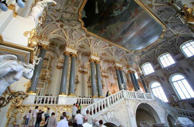 Museu Hermitage reúne acervo com 3 milhões de peças | #Czar, #EpochTimes, #MuseuHermitage, #Porcelana, #Rússia, #SãoPetersburgo