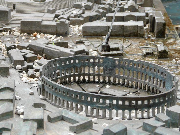 Starożytne Polensium w Puli, położone jest na ośmiu wzgórzach, nad zatoką w południowo-zachodniej części Istrii. http://www.chorwacja24.info/istria/pula
