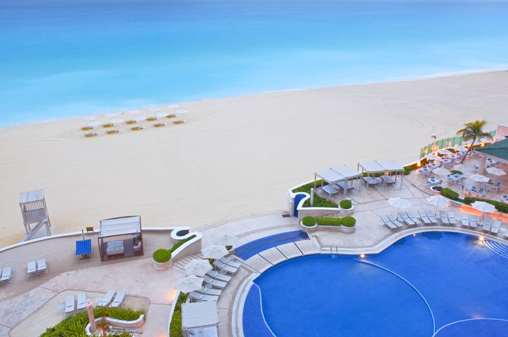 Come and visit Sandos Cancun and the Cancun Mexico resort strip.  Cancun is famous for shopping and for it's beaches.  Come and see for yourself on your next vacation.  Visit our timeshare store for vacation packages that allow you to travel at a discounted rate!