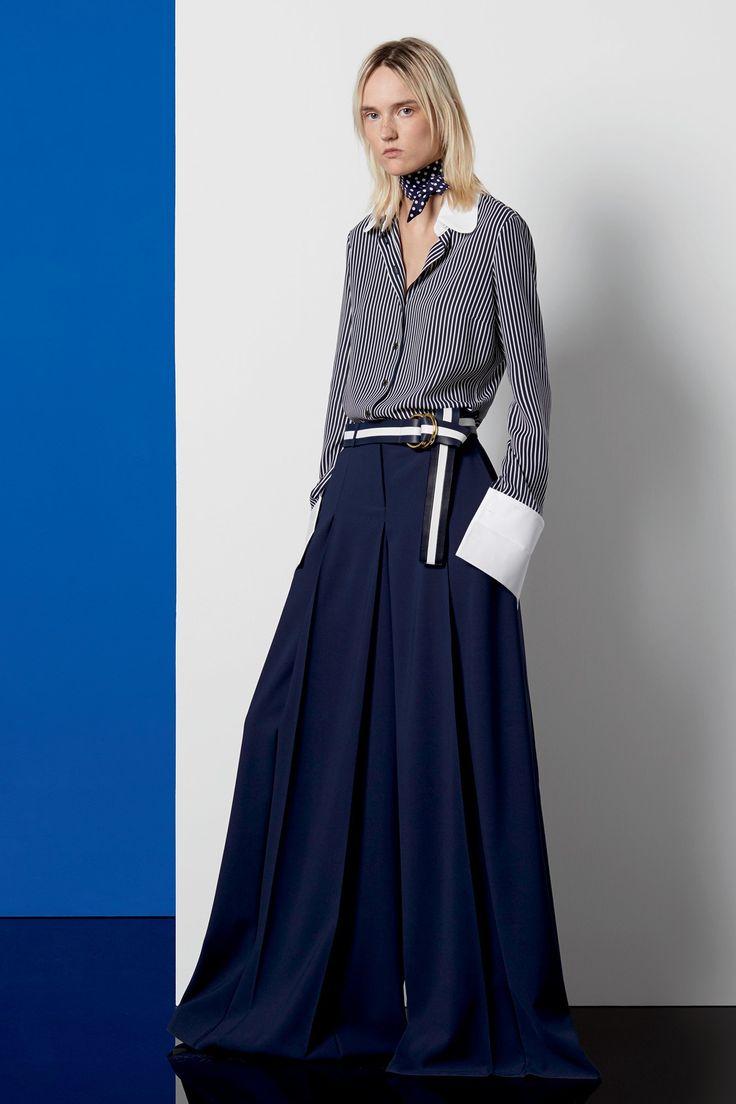 Вопрос 26: Michael Kors , очень люблю его обувь и сумки, из одежды у меня есть только одно платье и очень интересное