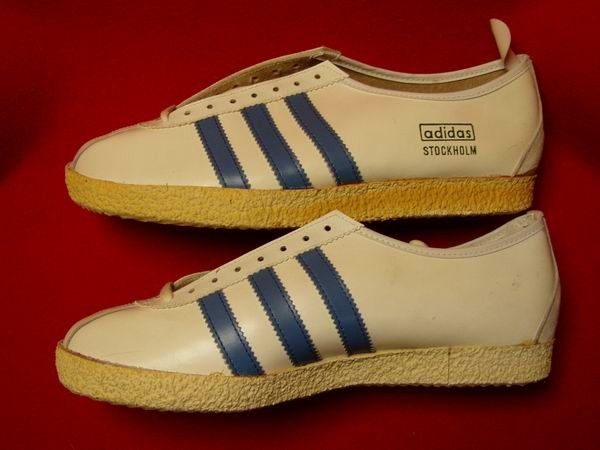 Who's seen a Stockholm in white and blue leather before? This vintage pair are proper rare...