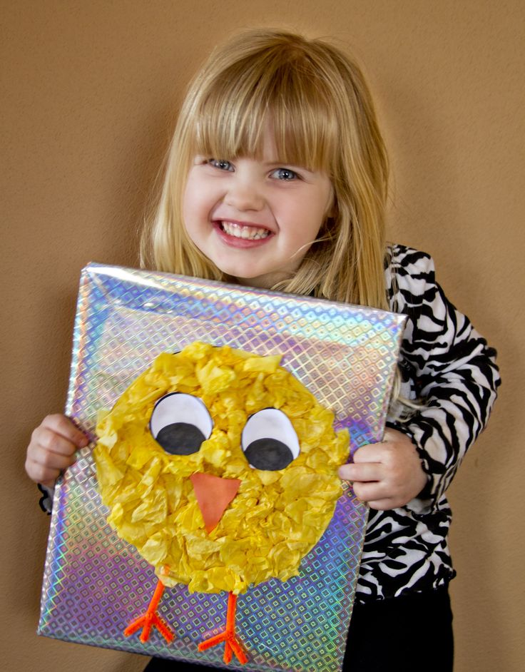 Super cute #craft for kids using crumpled tissue paper. Simple #Easter craft