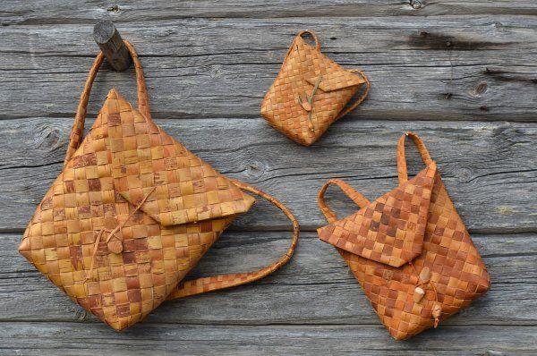 Finnish traditional birch bark backpacks | Haluatko oppia tuohitöitä? Nämä kuvat innostavat tosissaan - Reijan räsymatto - ET