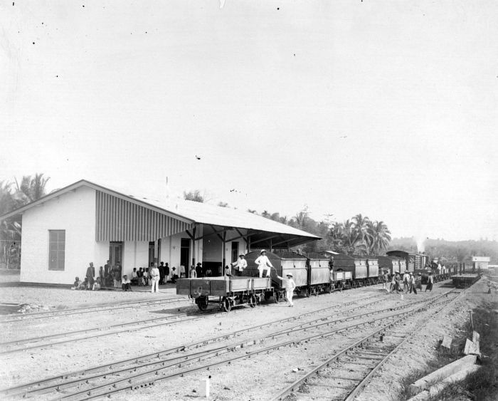 Solok Train Station, before 1922.