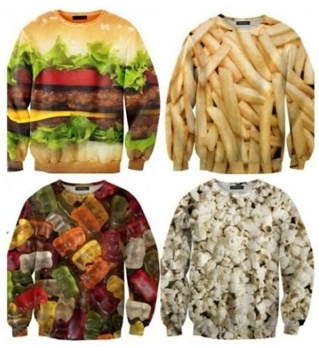 친구 살찌우는 옷이 등장해 관심을 모으고 있다.     최근 한 온라인 커뮤니티 게시판에는 '친구 살찌우는 옷' 이라는 제목의 사진이 게재됐다. 이는 폴란드의 한 쇼핑몰에 올라온 음식이 프린트 된 티셔츠 상품 사진이다.
