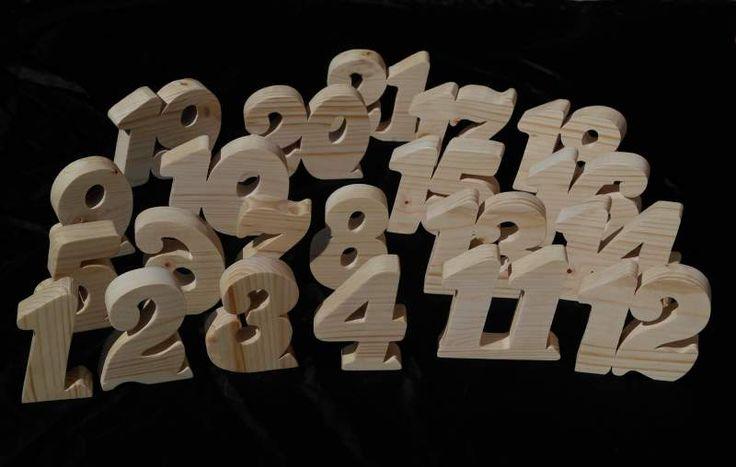 Numeri tavolo in legno di pino 3