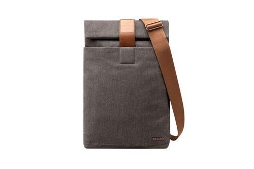 Incase MacBook Pro Pathway Field Bag