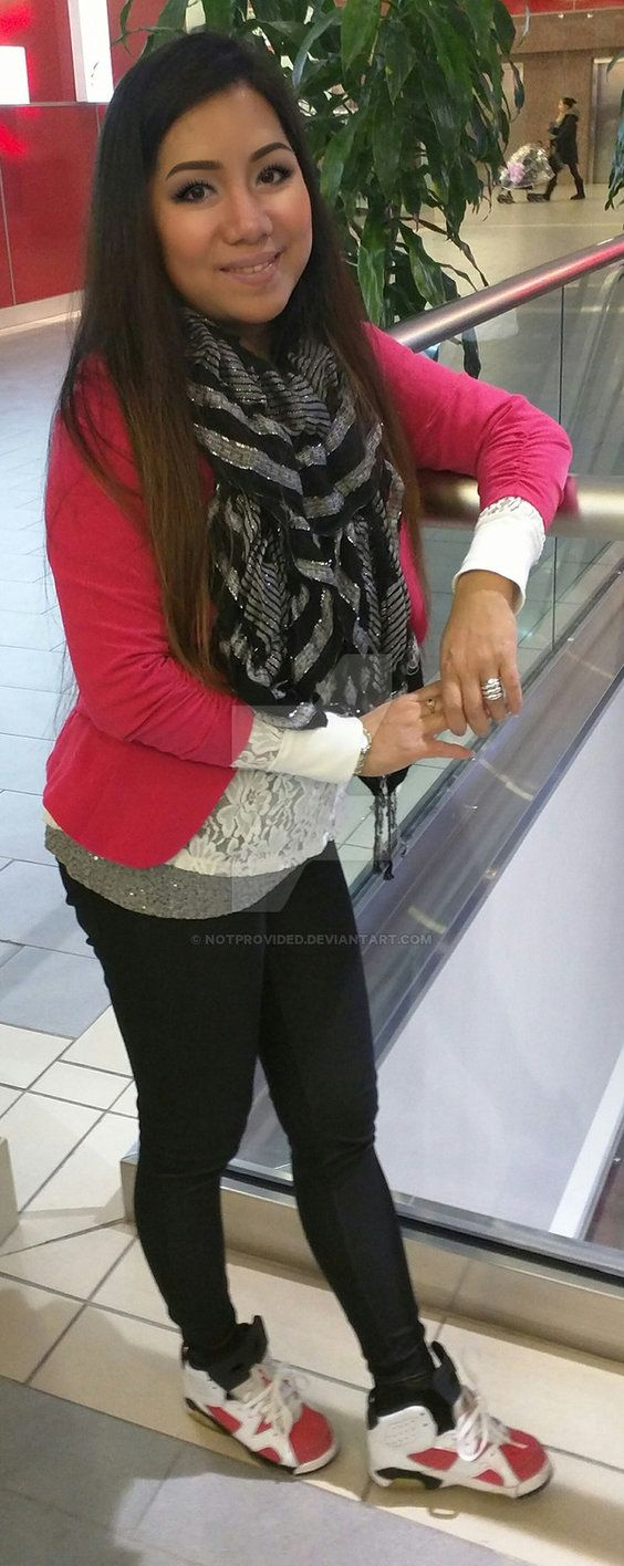 size 12.5c girls wearing jordans by Notprovided