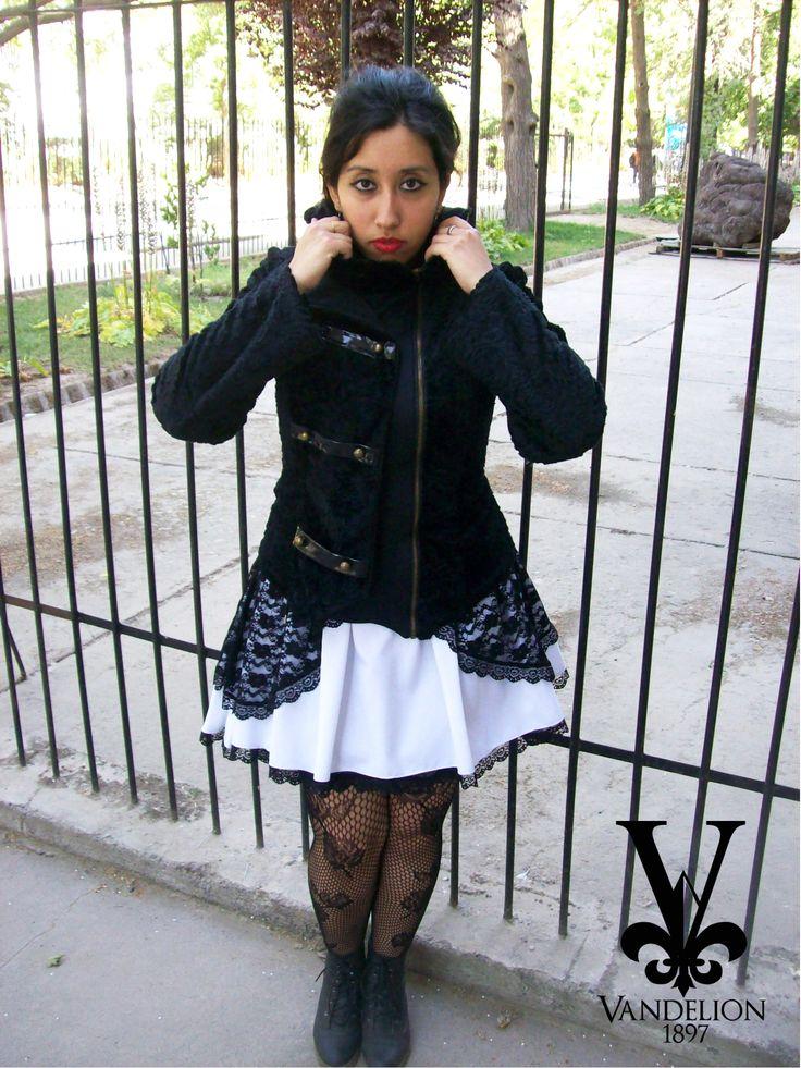 Jacket, skirt and jewelry by Vandelion 1897 Model: V.K Muñoz (VladiNoctem)