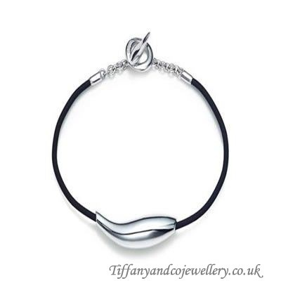 http://www.tiffanyandcocheap.co.uk/special-tiffany-and-co-bracelet-abstract-silver-184-onlinestore.html#  Delicate Tiffany And Co Bracelet Abstract Silver 184 Sale