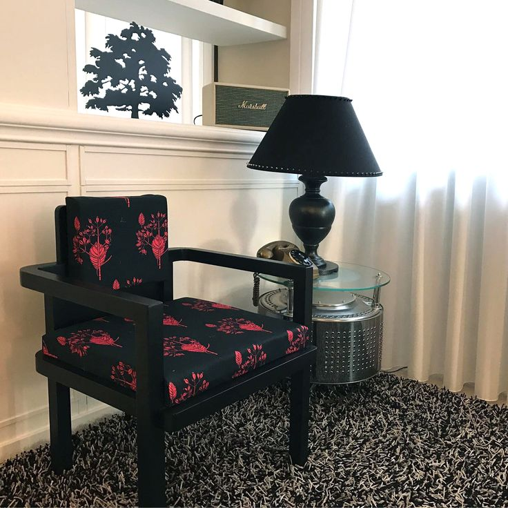 Home Living Chair Black & Pink by Tweak design: sale for 350 euro