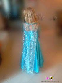 Voici un tuto pour réaliser la magnifique robe d'Elsa dans la Reine des neiges.  Attention il y a un peu de travail, mais ça en vaut l...
