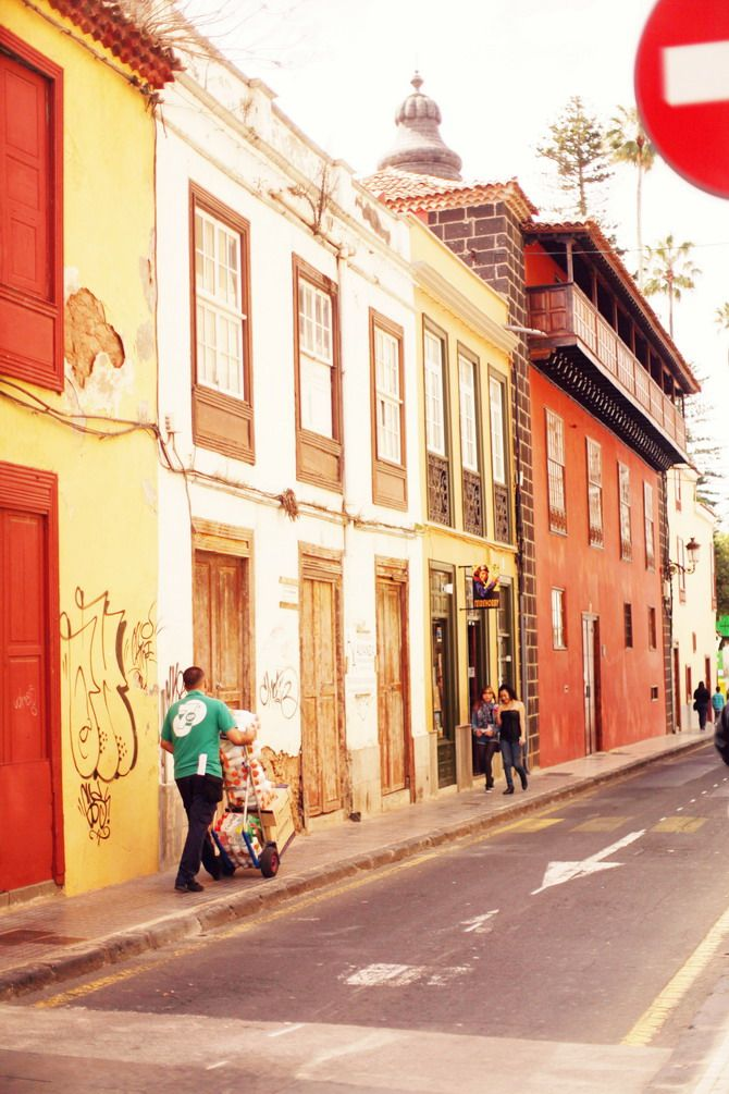 warm colours and quiet streets in Tenerife.