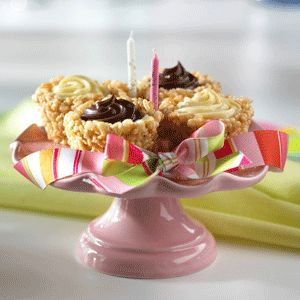 Fill these fancy-schmancy cereal cups with your kid's favorite pudding, ice cream or frozen yogurt for a birthday treat that takes the cake.