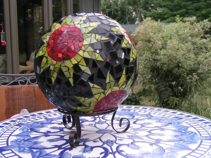 78 Best Images About Mosaic Spheres Amp Bowling Balls On Pinterest Gardens Debbie Ryan And Glasses
