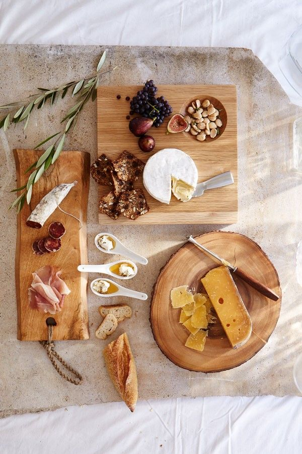wooden serving boards are great for rustic settings   #setthetable   see how to add texture to your #wedding tablescape: http://www.mywedding.com/articles/add-texture-to-your-tablescape/