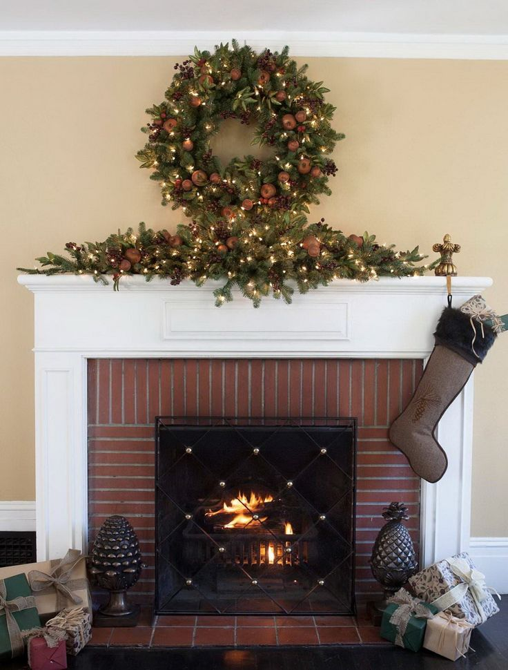 29 Dazzling Pre Decorated Christmas Wreaths BalsamHill 1263