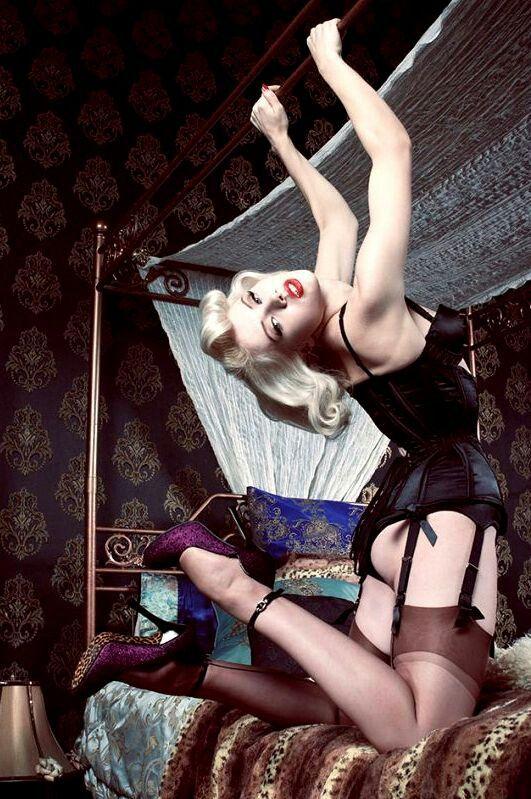 Miss Mosh | Pin Up | Pinterest | Rockabilly, Vintage ...
