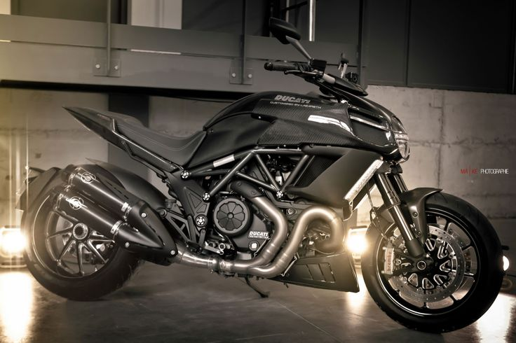 Ducati Diavel  | By Lazareth