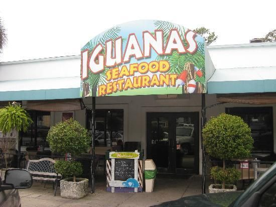 Iguanas A Great Restaurant St Simons Island Georgia Fantastic Bacon Wred Shrimp Travel Time Pinterest And Seafood