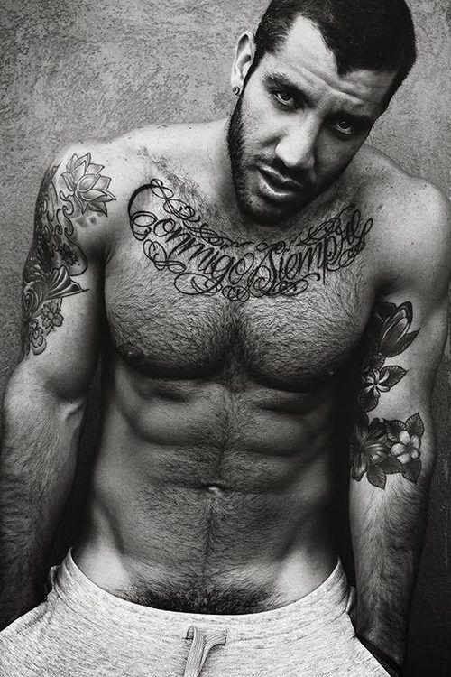Gorgeous B & W See More : http://luxurystyle.biz/tattoo/