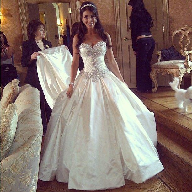 Trouwjurken 2014, Lage prijzen, hoge kortingen, mooie goedkope trouwjurken